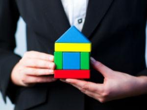 Агенты недвижимости помогут