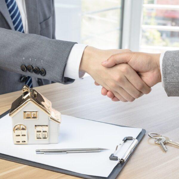 Продаем квартиру. Как обезопасить сделку?